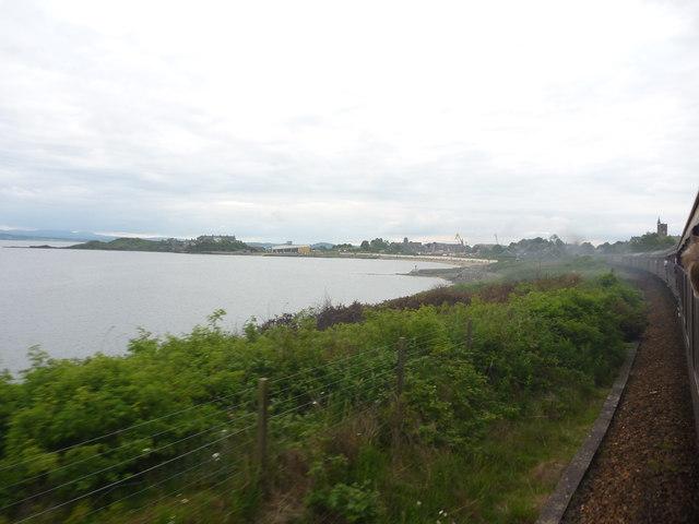 Coastal Fife : Approaching The Old Pier, Burntisland