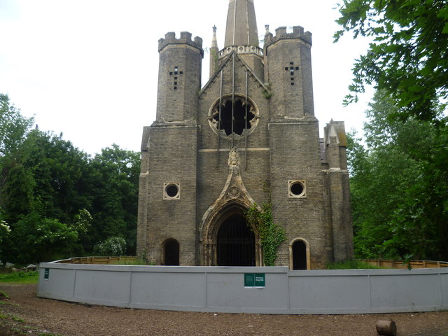 The chapel in Abney Park Cemetery