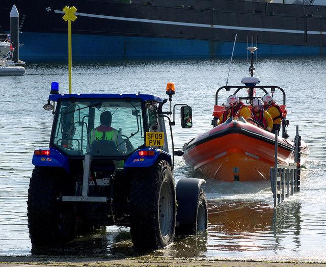 Launching Bangor Lifeboat