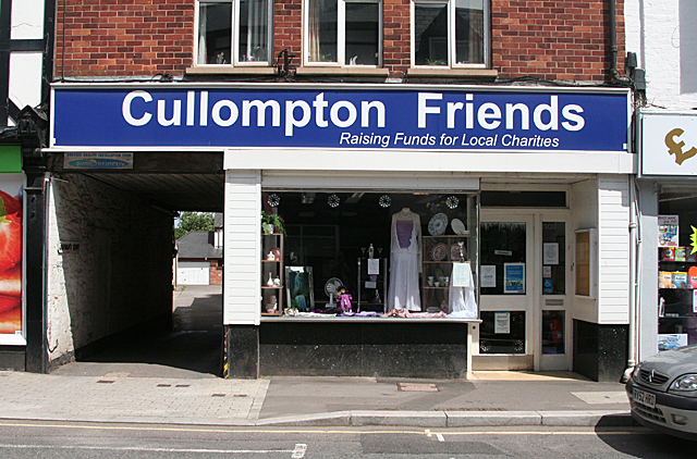 Cullompton: 27 Fore Street