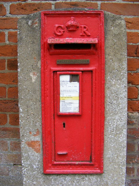 Post Office Mill Road George V Postbox