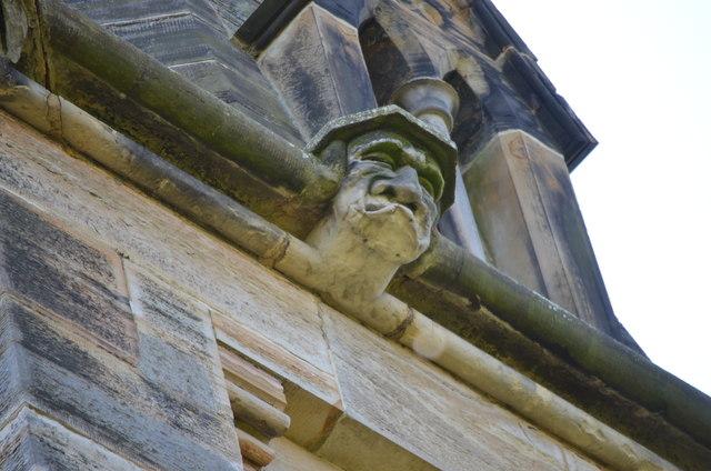 Gurning Carved head