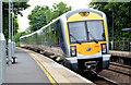 J2765 : Train, Hilden (2013-1) by Albert Bridge