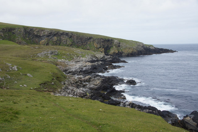 Coast east of the Blue Mull at Lund