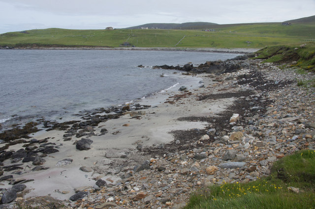 Small sandy beach on the north side of Houllnan Ness, Westing