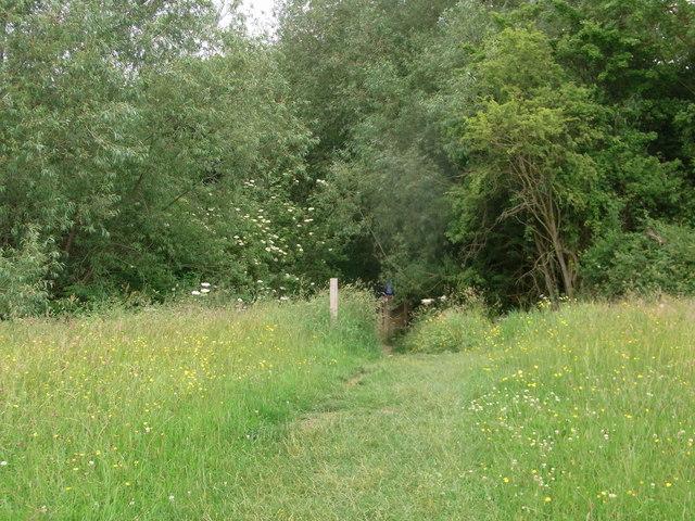 Footpath between Southam and Prestbury