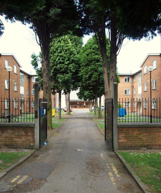 Beverley Road, Hull HU6