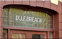 "J3573 : ""Dr Breach's"", Belfast by Albert Bridge"