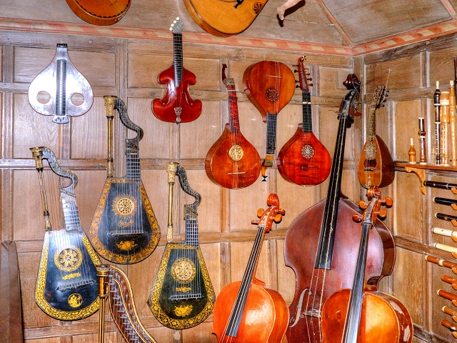 Snowshill Manor, Music Room