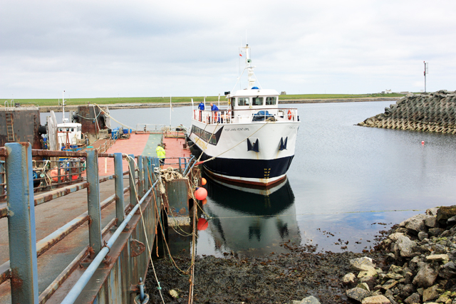Bur Wick Pier and the ferry