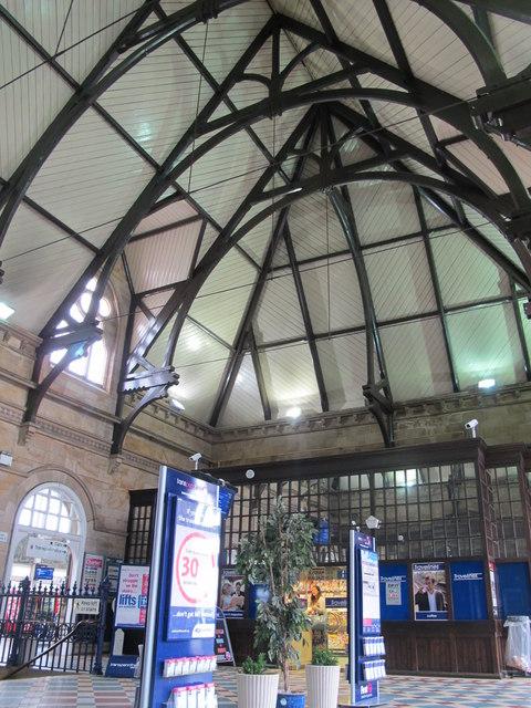 Middlesbrough station - entrance hall (2)