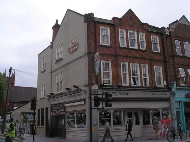 Earlsfield:  The 'Halfway House'