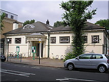 TQ2673 : Earlsfield Public Library by Dr Neil Clifton