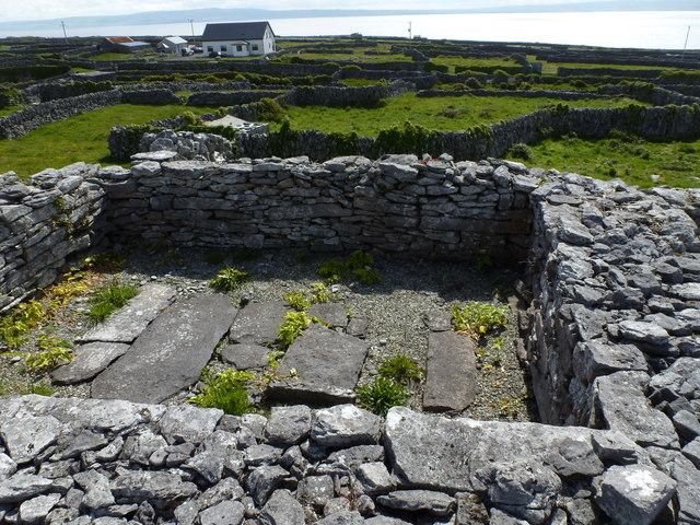 Cill na Seacht Ninión  - Inis Oírr