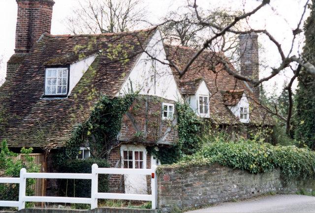 Misbourne Cottage, Village Road, Denham © Jo Turner ...