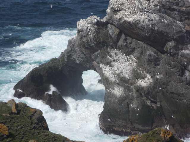 Herma Ness: natural arch in Burra Stack