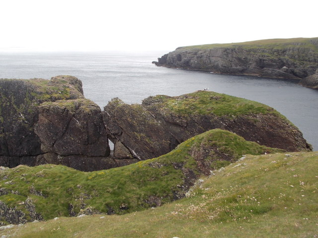 Fetlar: a hole in the Furra Stacks