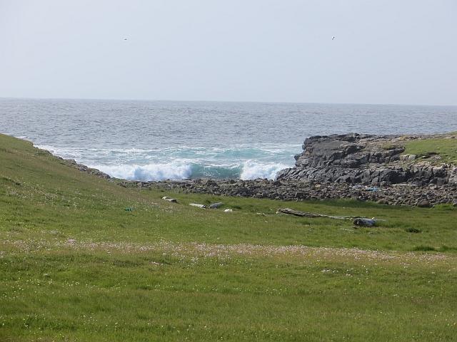 Breaking waves, Stenness