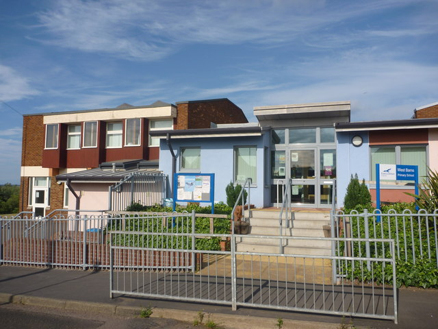 East Lothian Architecture : The Entrance To West Barns Primary School
