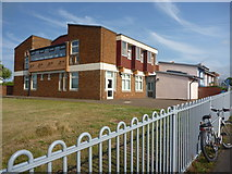 NT6578 : East Lothian Architecture : West Barns Primary School by Richard West