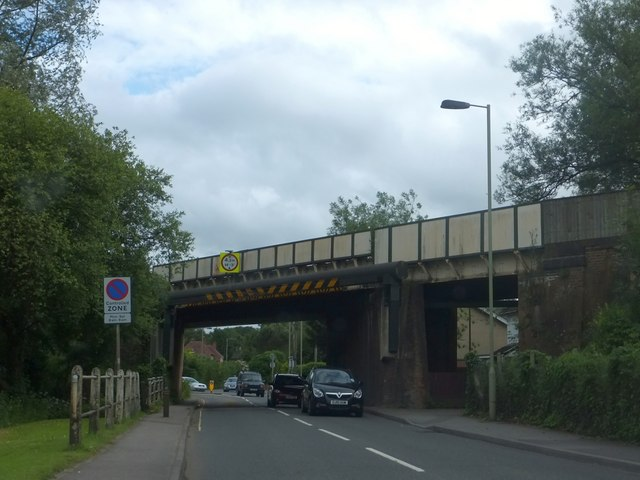 Railway bridge over A3057 north of Romsey