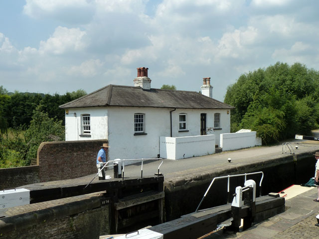 Widewater Lock and cottage