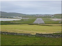 HU4009 : A runway, Sumburgh Airport by Richard Webb
