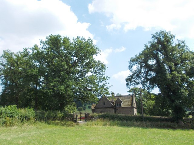 Approaching North Lodge, Stanton Hall Estate
