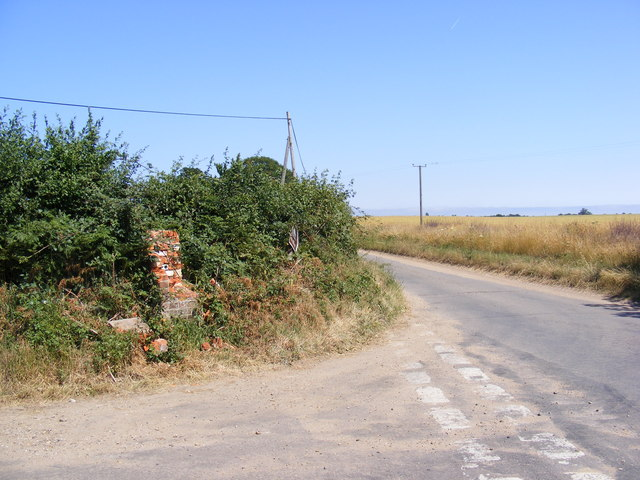 Station Road & remains of the Church Corner George VI Postbox