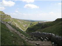 SD8964 : The Pennine Way heads for Malham Cove by John Slater