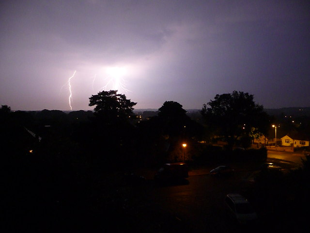 Northbourne: lightning bolt beyond Leybourne Avenue