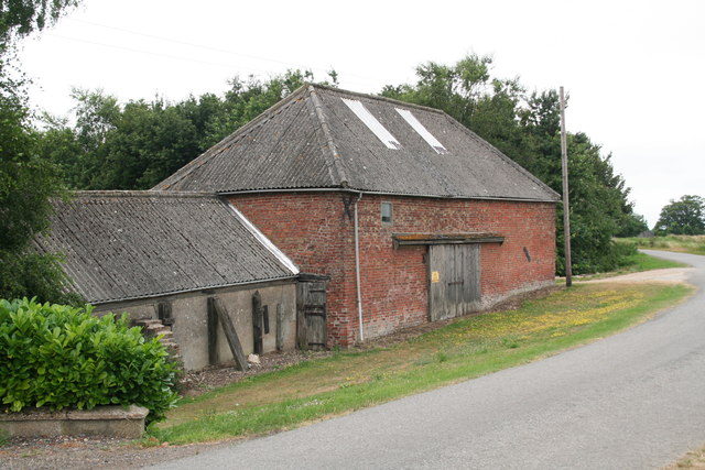 Barns on the Witham Bank by an unnamed farm