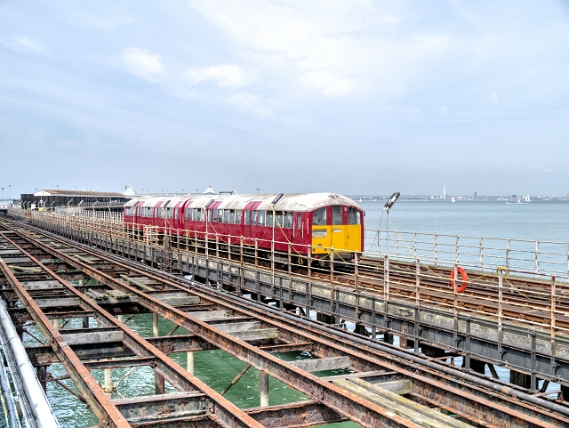 Isle of Wight Electric Railway, Ryde Pier