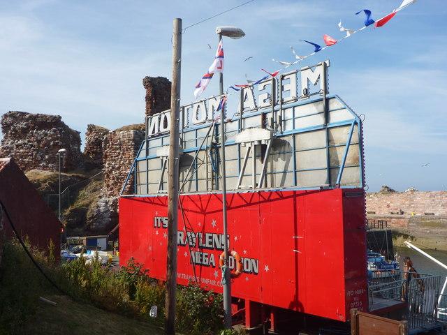 Dunbar Lifeboat Day 2013 : Mega Motion at Victoria Harbour