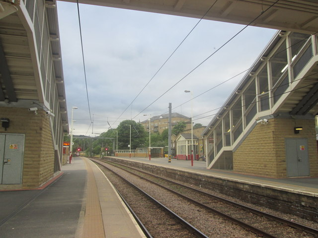 Shipley railway station platforms 3 and 4
