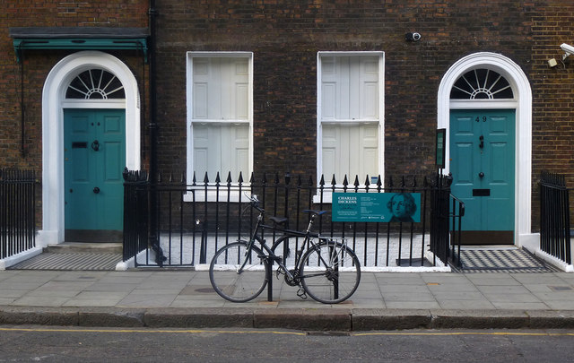 Charles Dickens Museum and bicycle, Doughty Street