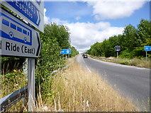 SU4726 : Twyford, motorway slip road by Mike Faherty
