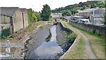 SE1115 : Lock basin between locks 11E and 10E on Huddersfield Narrow Canal by Chris Morgan