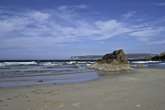 Delightful beach on the north coast by Peter Moore