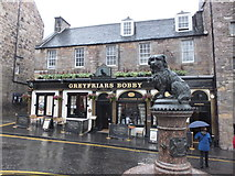 NT2573 : Greyfriars Bobby on a grey Edinburgh day by Barbara Carr