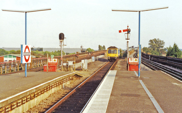 Greenford station, with DMU leaving, 1991