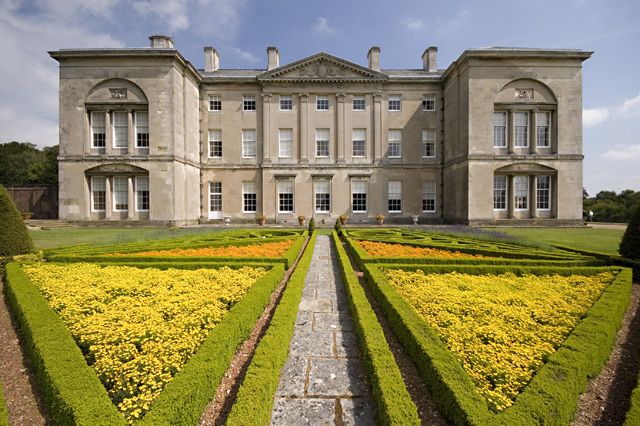 Sledmere House and parterre