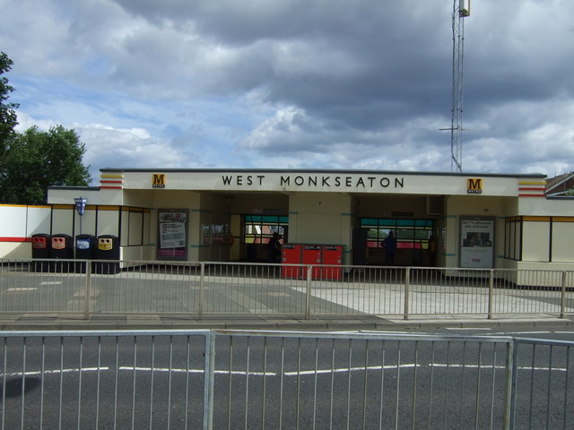 Entrance to West Monkseaton Metro Station