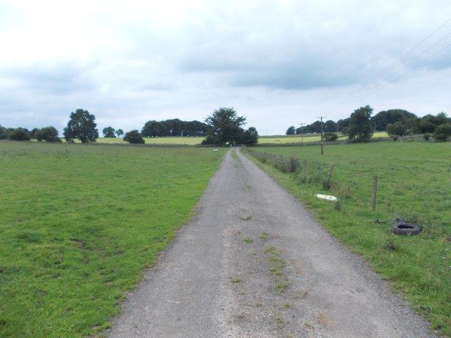 The lane from Kenslow Farm
