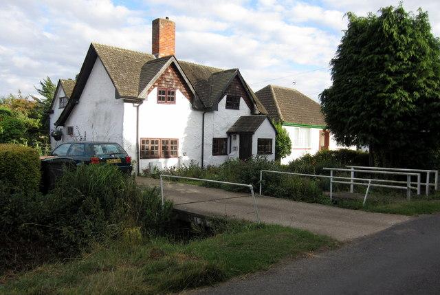 Cottages on Duck End Lane