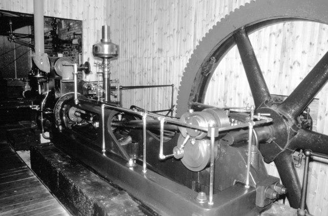 Calderdale Industrial Museum - horizontal steam engine