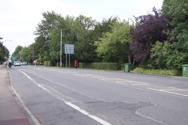 Hills Road - direction town centre by Sandy B