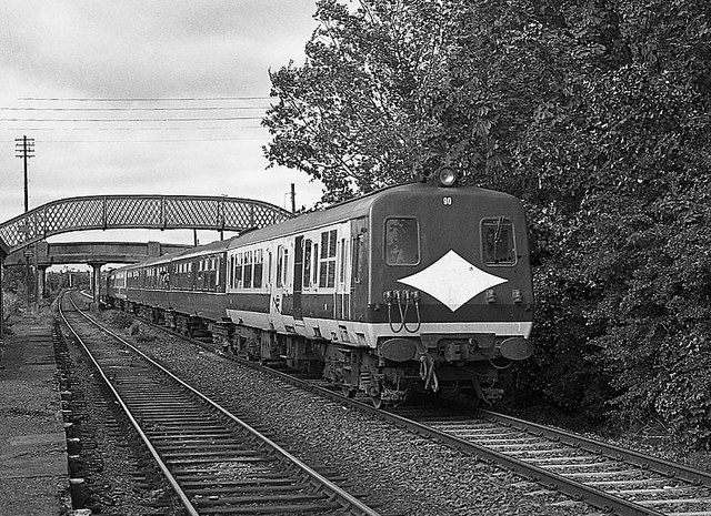 Special train passing Barn station - 1985
