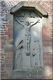 SO6729 : Crucifixion of Christ Carving, St Edward's church by Julian P Guffogg