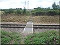TQ7775 : Foot crossing near Wybournes Farm by Marathon